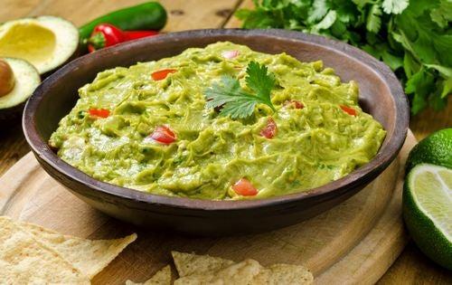 Hvordan man laver en lækker, sund guacamole