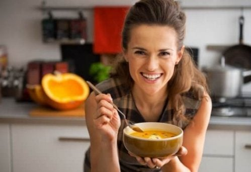 Kold suppe - et friskt indslag på varme dage