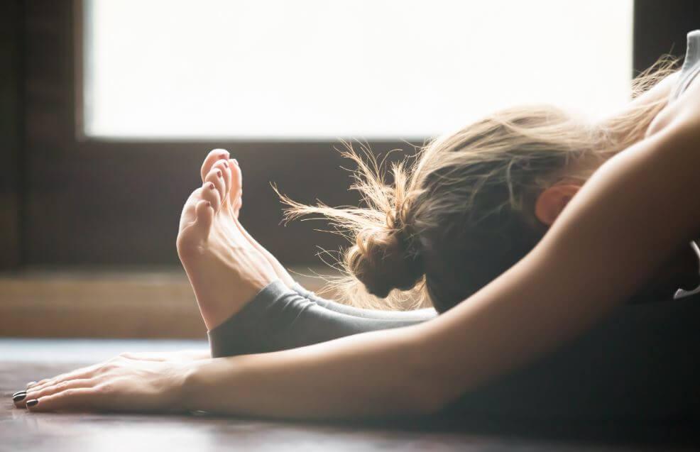 Yogastilling mod menstruationssmerter