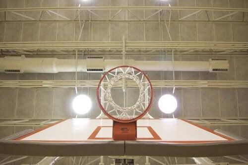 En basketballkurv