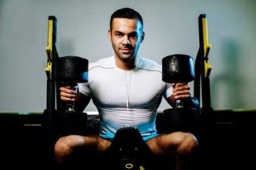 Dumbbell upright row: Hvad er fordelene ved øvelsen?