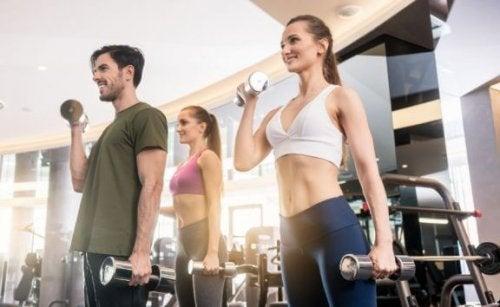 Frivægtsøvelser til vægttab