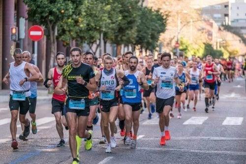 mange løbere samlet