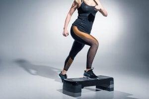 step vil træne hele din krop mod cellulitis