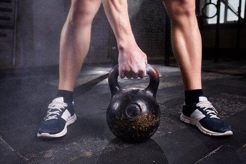 Brug en kettlebell til din træning