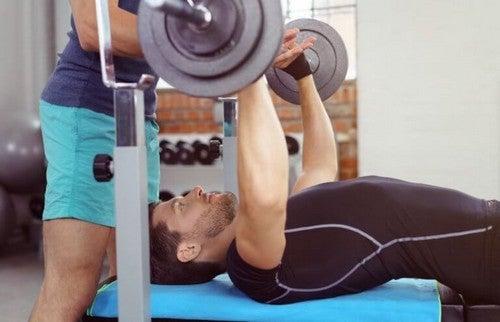 Planlæg en rutine, så du kan træne hele kroppen