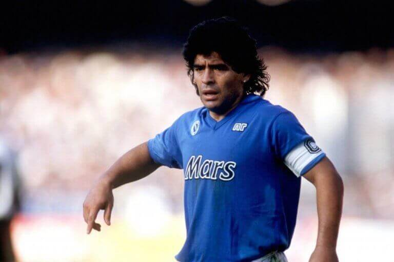 Diego Maradona på banen