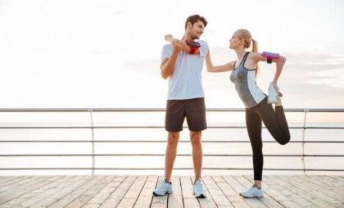par der strækker ud efter løb