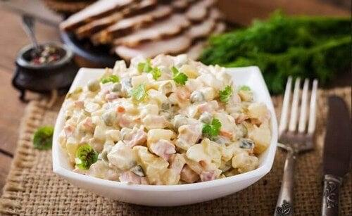 Kartoffelsalat med mayonnaise