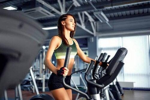 Den bedste træningsrutine kan f.eks. inkludere en crosstrainer