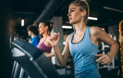 Hvad er den bedste træningsrutine at følge?