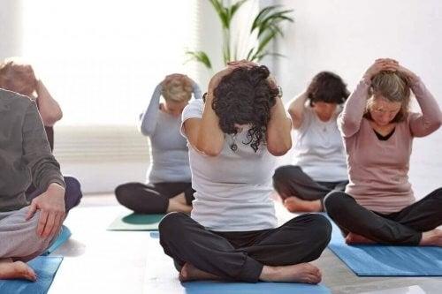 Øvelser til at styrke din nakke