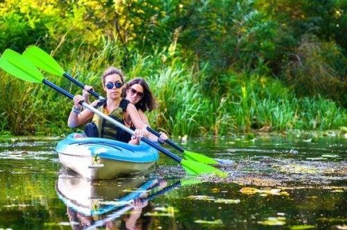 to damer der ror i kano
