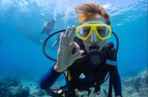 Simpel vejledning i ernæring til dykkere