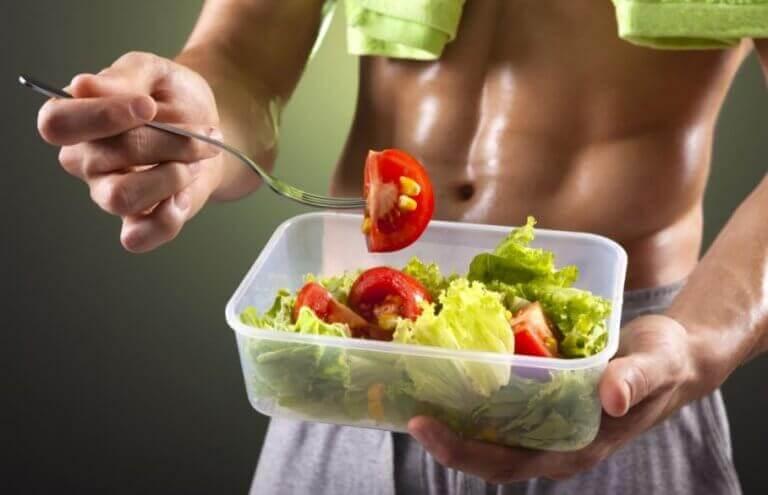 Bodybuilding om sommeren: ideelle tilskud