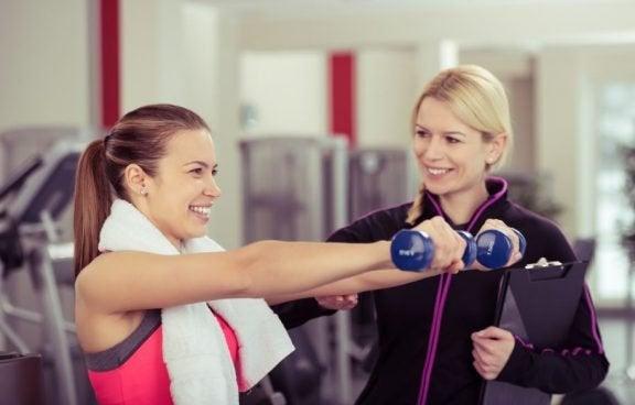 Fokus, lederskab og kommunikation: evner for en træner