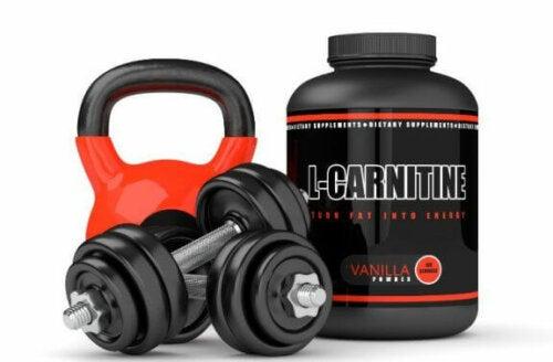 træningsudstyr og kosttilskud