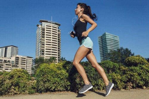 Fire vigtige helbredsmæssige fordele ved løb