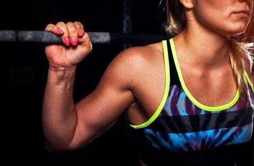 muskuløs kvinde