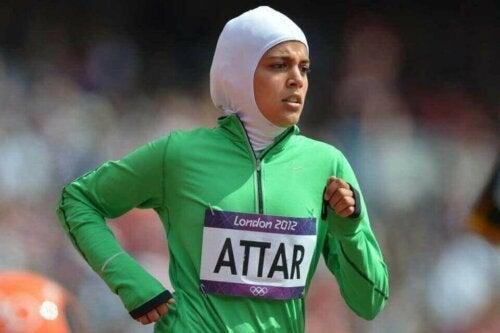 en af de kvindelige muslimske atleter