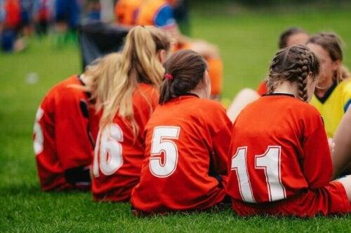 små fodboldpiger