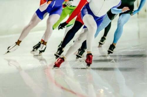 Hurtigløb på skøjter: alt du behøver at vide