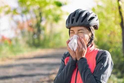 At håndtere allergi og udendørs sport