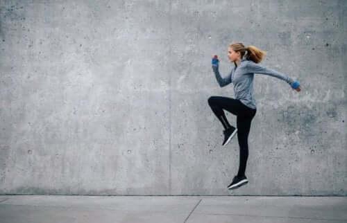 4 tips til at forblive energifyldt under din træning