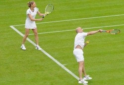 Tennisspillere spiller double
