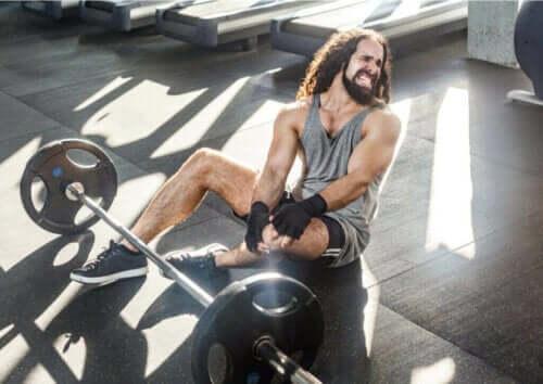 Tips til at forebygge skader i fitness