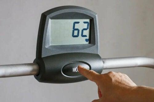 Karvonens formular til at beregne din hjertefrekvens