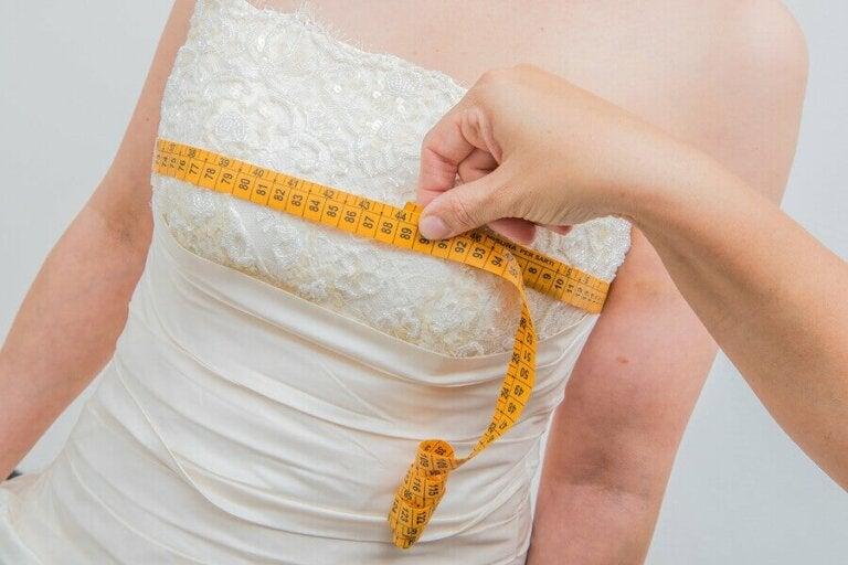 Hvad du bør og ikke bør gøre for at tabe dig før dit bryllup