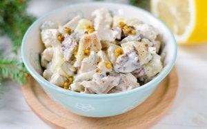 Kartoffelsalat mit Hühnchen
