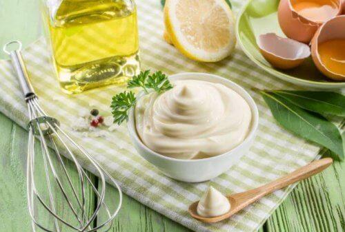 Zutaten für Mayonnaise aus Eiweiß
