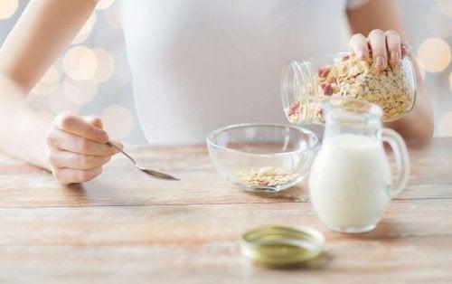 Alles was du über Hafermilch wissen musst
