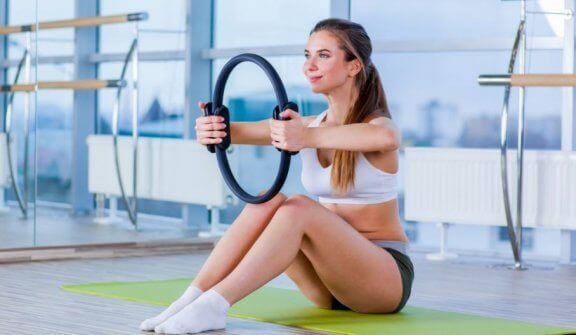 Magischer Pilates-Ring: Wie verwendet man ihn richtig?