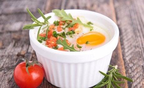 Gebackene Eier mit Sahne