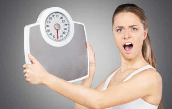 4 Gründe, warum du an Körpergewicht zunimmst