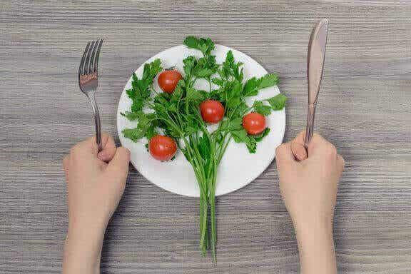 Hypokalorische Ernährung: Die Gefahren