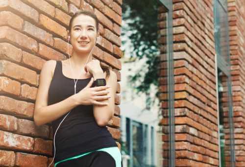 Mit der Technologie Vorteile des Laufens messen