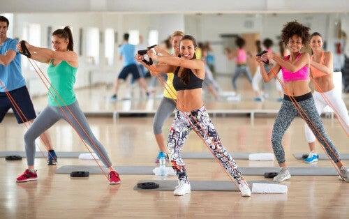 TBC: In nur 30 Minuten den Körper stärken und Fett verbrennen