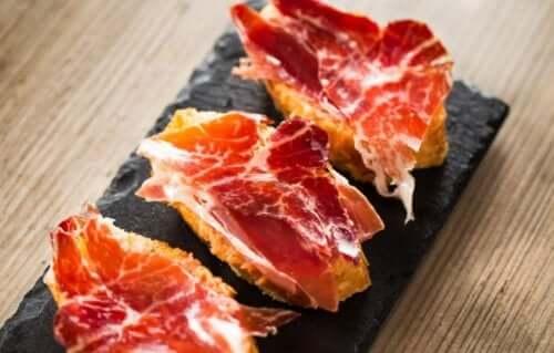 Serrano Schinken: 8 Gründe, warum du ihn zum Frühstück essen solltest