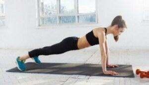 CrossFit-Routine: Liegestütze
