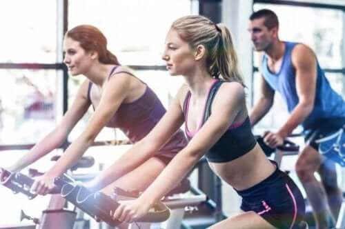 Indoor-Cycling: Was sind die Vorteile von Spinning?