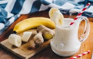 Hausgemachte Smoothies - Banane und Ingwer