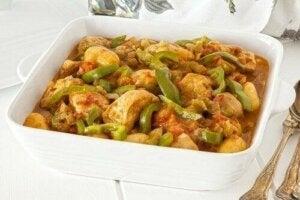Hähnchenbrust mit Kartoffeln und Paprika