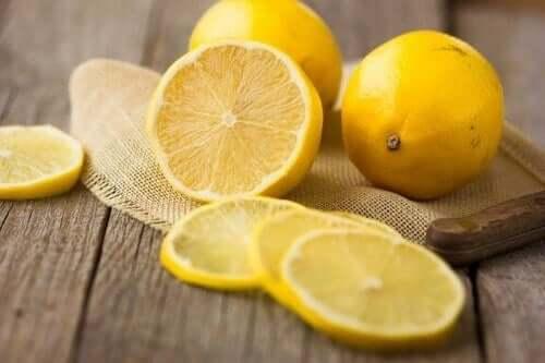 Zitronen: 5 großartige gesundheitliche Vorteile