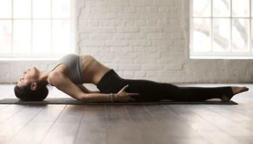 posture-de-yoga-poisson