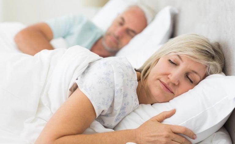 Conseils pour mieux dormir après 40 ans