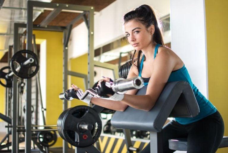 4 exercices pour améliorer votre routine des bras